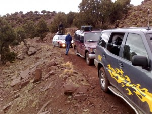 Auf dem Felsenweg vom Pass runter