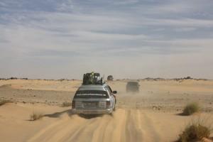 Mit Vollgas durchs Sandfeld!